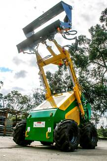 Mcloughlin Mini Loader hire with GRAPPLE Everton Hills Brisbane North West Preview