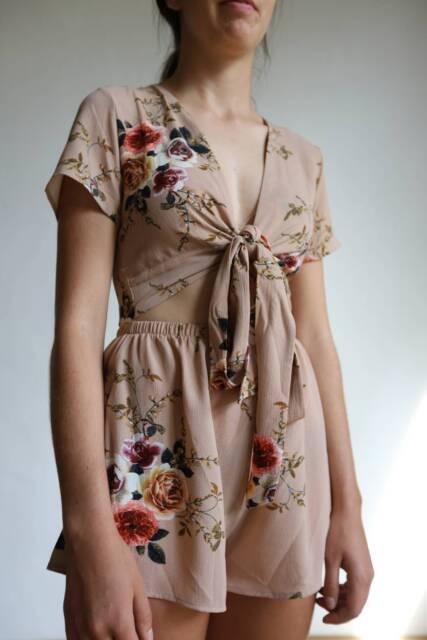 cfbe9201289 NEW  quot ASHA quot  Beige Floral Tie Front Playsuit