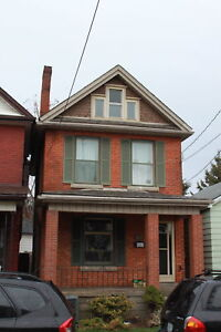 FABULOUS 3 PLUS ONE BEDROOM 2 BATH HOME DOWNTOWN RAY ST NORTH