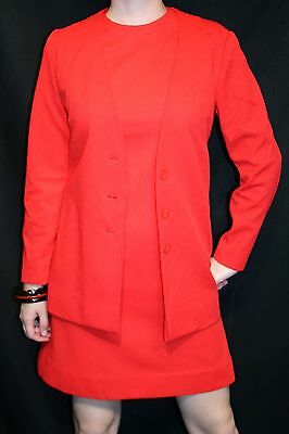 M 2pc VTG 1960s MOD Stewardess Mini Dress + Jacket Red Textured Knit 60s Outfit - 60s Mod Outfits