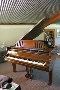 CHALLEN GRAND PIANO Jilliby Wyong Area Preview