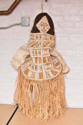 VTG Brazil Amazon native Cubeo Tawu Onye Ceremonial Barkcloth Body Mask Tucano