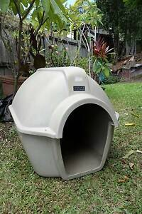 Large dog kennel Carrara Gold Coast City Preview