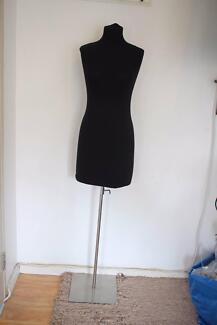 Mannequin (Female/Black) Great Condition
