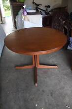 Chiswell expandable Dining table Soldiers Point Port Stephens Area Preview