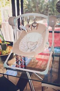 Love n Care Rock My Baby Electric/Battery Baby Swing Old Toongabbie Parramatta Area Preview