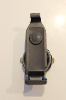 Iphone Car Mount + Charger (Tomtom Iphone Car Kit)