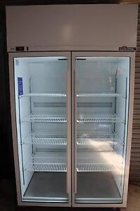WILLIAMS PEARL 2 GLASS DOOR FRIDGE Ballarat Central Ballarat City Preview