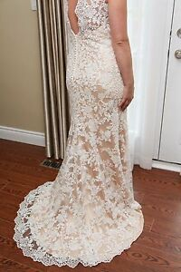 Ivory Lace Wedding Dress by Eddy-K