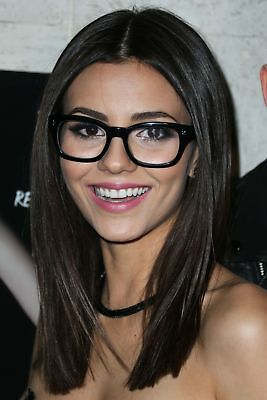 Victoria Justice Beautiful With Glasses 8x10 Photo (Victoria Justice Glasses)