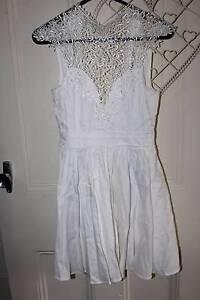 Showpo White Lace Libertine Cocktail Dress (Size 8) North Lambton Newcastle Area Preview