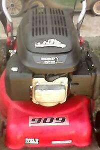 Small 135cc Honda lawn mower. Cairns Cairns City Preview