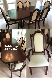 Dinning table, 6 chairs and Hutch
