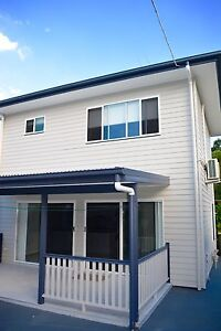 Two Story Granny Flat For Rent $400 South Brisbane Brisbane South West Preview