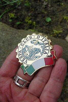 Rare Vespa Scooter - VESPA Club D`Italia - Italy Badge
