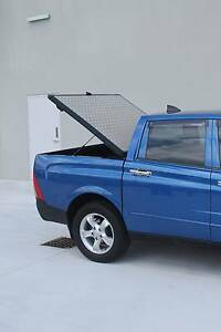 HARD LID CHECKER PLATE UTE DUAL CAB Malaga Swan Area Preview