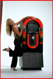 Cliffhangers DJ & Jukebox Hire Photobooth Hire