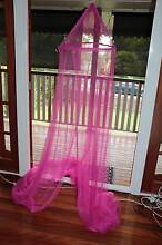 Pink mosquito net Geebung Brisbane North East Preview