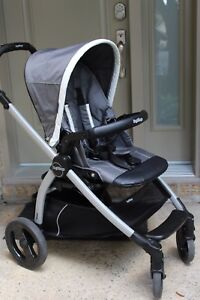 Poussette Peg Perego en excellente condition
