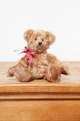 Crafty Bear By Shirley Latimer (Mohair Artist Bear)