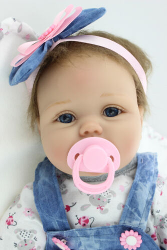 55cm Silikon Lebensecht M?dchen Reborn Baby Puppe Babypuppe mit Kleider  DE YL