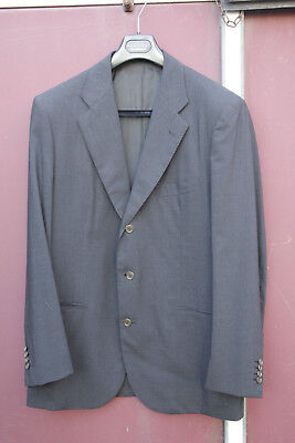 Kiton suit size EU 52 dark grey wool in unused excellent condition UK 42 chest