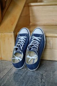 Converse Chuck Taylor Low Tops (Navy Blue)