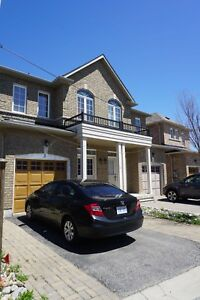 Four Bedroom Semi-Detached in Markham!