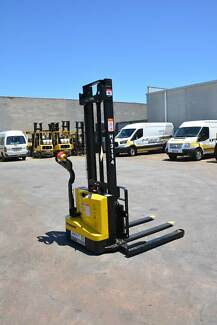 Liftsmart LS10 Electric Walkie Stacker