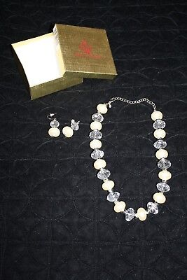 Premier Designs Jewelry Matching Set Earrings And Necklace Pearl Silver W/Box