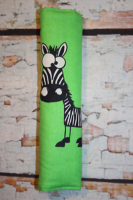 Tolles Auto Gurtpolster f. Kinder grün mit lustigem Zebra Tier Pet