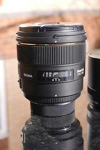 Sigma-EX-85mm-f-1-4-HSM-DG-Lens-Nikon