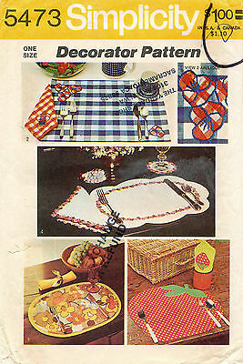 70's VTG Place Mats,Napkins, Coaster,Napking Ring w/tr. Simplicity  Pattern 5473