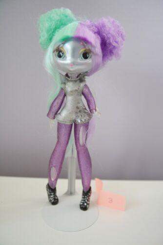 Novi Stars Stellar Skinz Gail Lexi Doll MGA