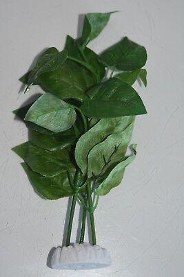 Aquarium Silk Plant Green Ivy Type Leaf 18 cms High For All Aquariums to clear