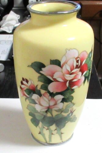 "LARGE JAPANESE ANDO CLOISONNE YELLOW ENAMEL FLORAL ROSE VASE 8""1/2 H SIGNED"