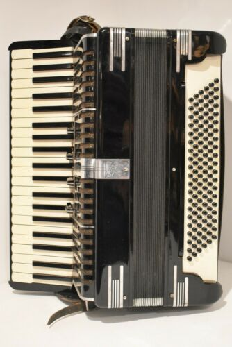 Vintage Catena N.Y. Accordion Black with Travel Case