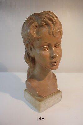 E1 Ancien buste de femme plâtre