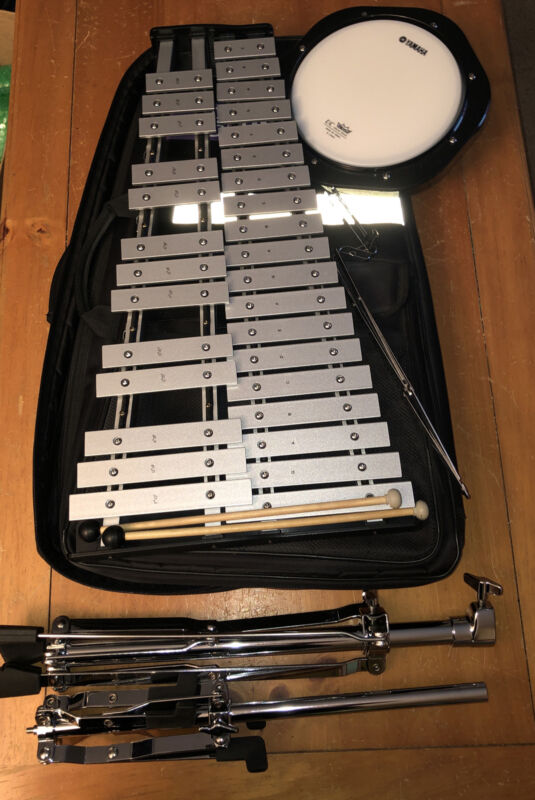 Yamaha Student Bell Percussion Kit Xylophone Practice Pad and Stand Firth Sticks