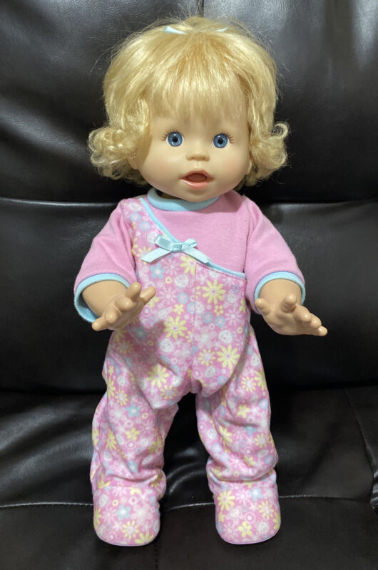 Fisher Price Little Mommy Walk & Giggle Interactive Baby Doll EUC 2008