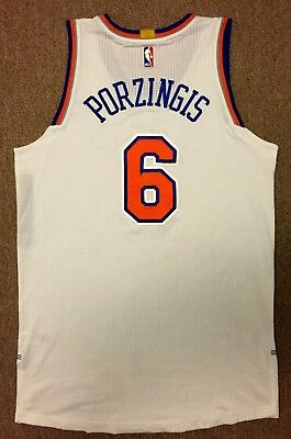 Kristaps Porzingis Steiner Sports Game Used Jersey Rookie 15-16 New York  Knicks b7a78dac2