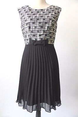 Review Size 10  Us 6 Sleeveless Pleated Dress   Rrp  279 95