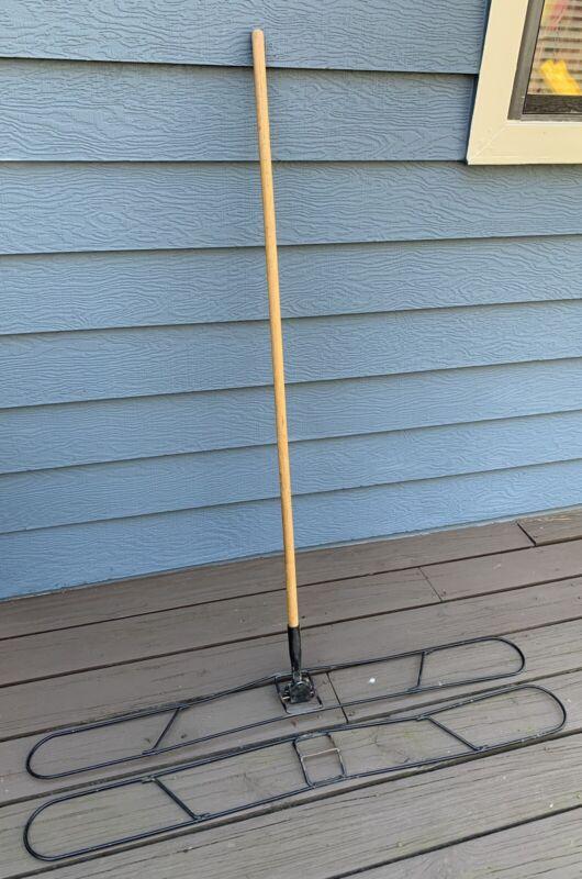 "Dust Mop Kit w/ 2-48"" Wide Wire Metal Frames & 62"" Easy Clip Wooden Handle 3 Pcs"