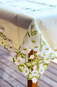 102x152cm (40x60in) Oblong Table Cloth,  Embroidered White Chrysanthemum FFD-005