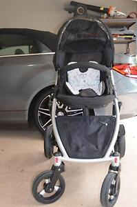 STRIDER PLUS STROLLER Southport Gold Coast City Preview