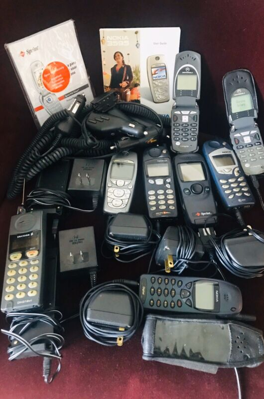 Nokia, Motorola and Ericsson Vintage Phones.