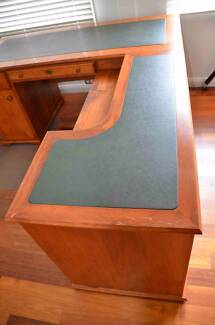Office Desk Bargin of the Year St Ives Chase Ku-ring-gai Area Preview