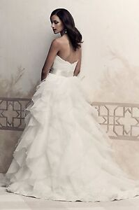 Price dropped!Paloma Blanca 4363 bridal gown and matching veil