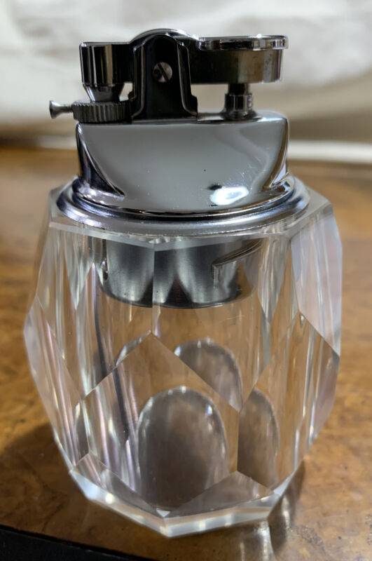 VINTAGE HEAVY CUT GLASS TABLE TOP CIGARETTE LIGHTER-TOP LIFTS OUT