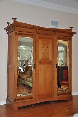Antique Arts & Crafts / Mission / Armoire Wardrobe Entertainment Cabinet